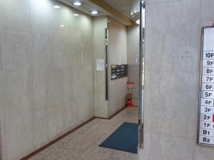 三栄御堂筋ビル共用部