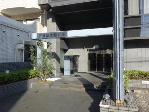三共新大阪ビルエントランス