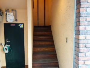 TAKAKI(タカキ)ビル階段