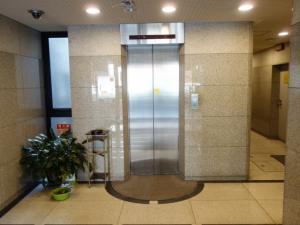新大阪コパービルエレベーター