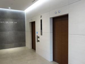 パシフィックマークス江坂ビルエレベーター