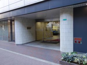 新大阪千代田ビル別館エントランス