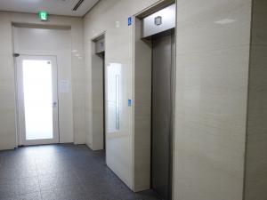 銀泉阿波座ビルエレベーター