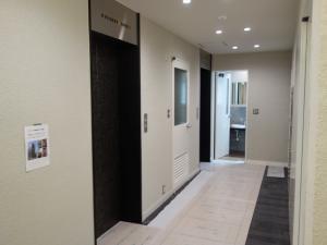 リアライズ堺筋本町ビル1階エレベーター