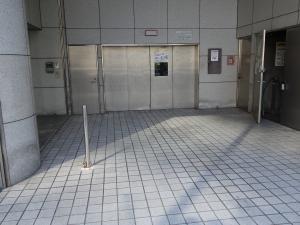 谷町アークビル立体駐車場