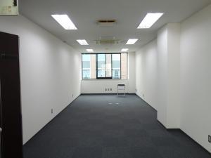 SANWAトレーディングビル室内