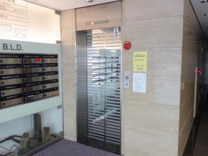 FUJIビル6号館エレベーター