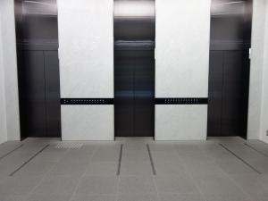 堂島プラザビルエレベーター