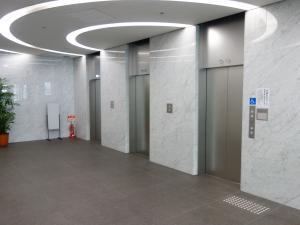 日本生命御堂筋八幡町ビルエレベーター