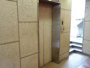 大手前ビルエレベーター