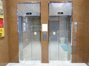 新大阪中里第2ビルエレベーター