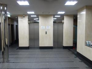 四ツ橋新興産ビルエレベーター