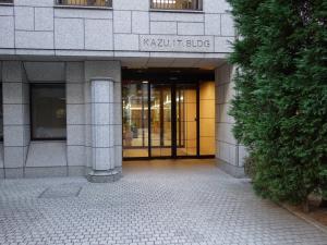 KAZU.IT.BLDG(カズアイティビルディング)エントランス