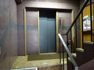 名城ビルエレベーター