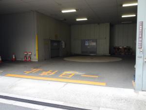 住友生命湊町MTビル立体駐車場