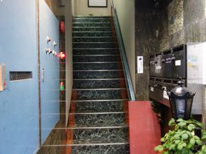 協立ビル階段