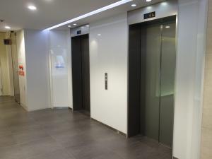 NREG御堂筋ビルエレベーター