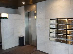 南本町IKビルエレベーター