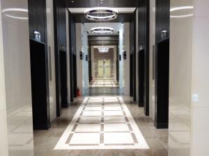 大阪国際ビルディングエレベーターホール