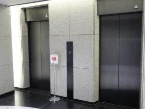 肥後橋ニッタイビルエレベーター