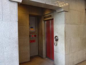 北新地スタービルエレベーター