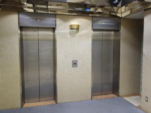 大栄ビル新館エレベーター