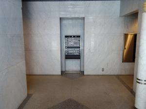 シンプレス江坂ビル1階共用部