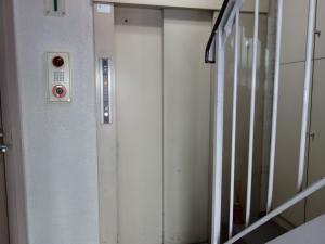 備後町ヨリフジビルエレベーター