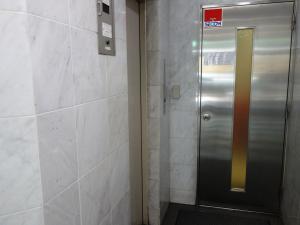 HC90和泉町ビルエレベーター