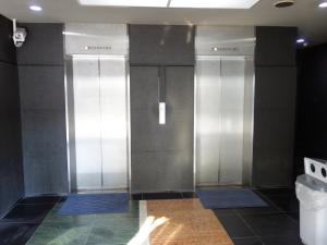 三共新大阪ビルエレベーター