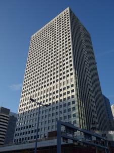 大阪駅前第3ビル外観