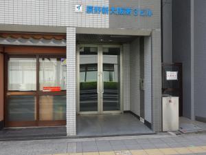 辰野新大阪第3ビルエントランス