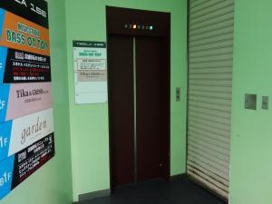 TESLA158(テスラ158)エレベーター