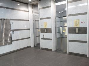 ヒューリック難波ビルエレベーター