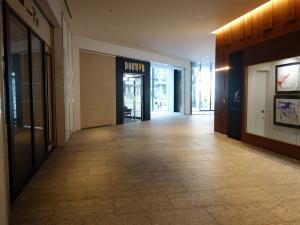 オービック御堂筋ビルエントランスホール