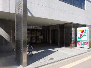 新大阪上野東洋ビル1階店舗
