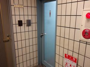 フェスタ江坂ビル共用トイレ