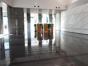 新藤田ビルエントランスホール
