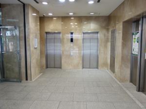 梅田セントラルビルエレベーター