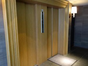 ベレーザ北浜ビルエレベーター