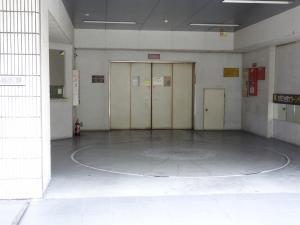 千代田ビル西別館立体駐車場