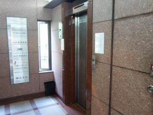 日宝東本町ビルエレベーター