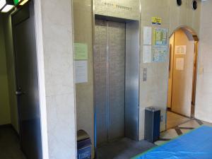 エーワンビルエレベーター