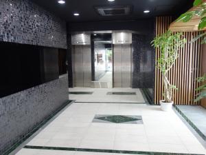 NLC新大阪パワービルエントランスホール