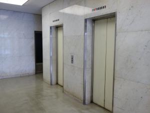 高橋ビル東6号館エレベーター