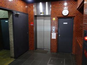 ユニ船場ビルエレベーター