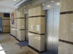 梅新ファーストビルエレベーター