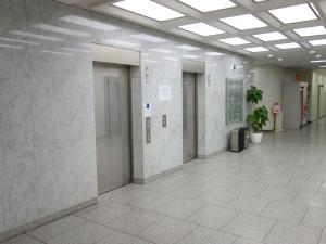 堂島グランドビルエレベーター