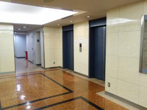 新大阪阪神ビルエレベーター