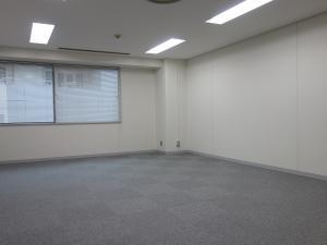 桜橋八千代ビル室内